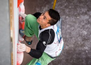 sean-mccoll-speed-climber-at-start-perfect-descent-athlete